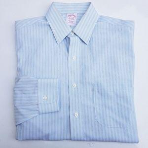 #358 Brooks Brothers Mens Dress Shirt Blue Small